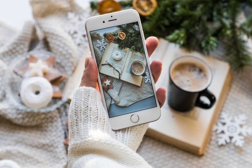 christmas phone apps